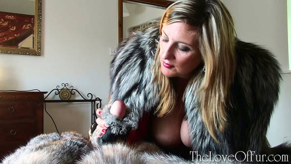 Leona Lee in silver fox fur jacket jerks off her lover