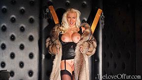 fox fur coat open flashing pussy lana cox russian blonde mature babe