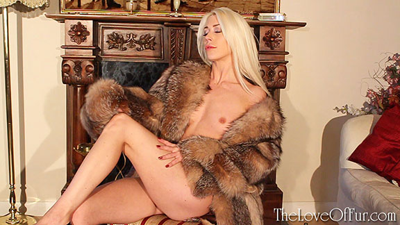 fox fur fashion fetish paris charlotte elizabeth slim tits topless sexy babe cute