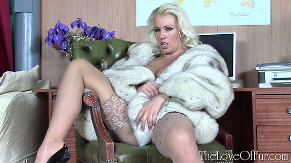 lana cox fur fetish love of fur blue fox jacket big tits stockings masturbation office boss