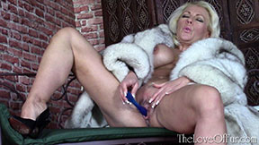 lana cox love of fur coat fox dildo sex toy masturbation fetish milf cougar
