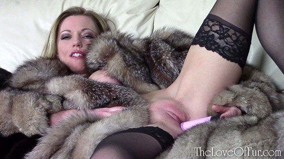 love of fur fetish fox coat blonde milf holly kiss dildo fucking lounge sexy lady